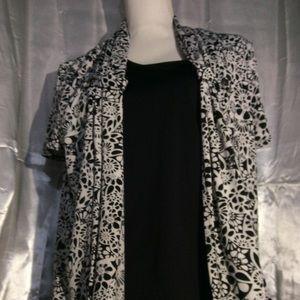 Brand New Beautiful Black & White Blouse